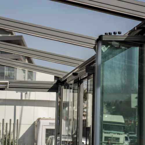 Sakarya Açılır Kapanır Kumandalı Otomatik Pergole Pergola Tente Sistemleri